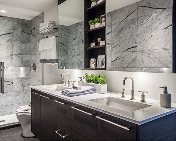 1819 West 5th Avenue, Vancouver, BC V6J 1P5, Canada Bathroom!