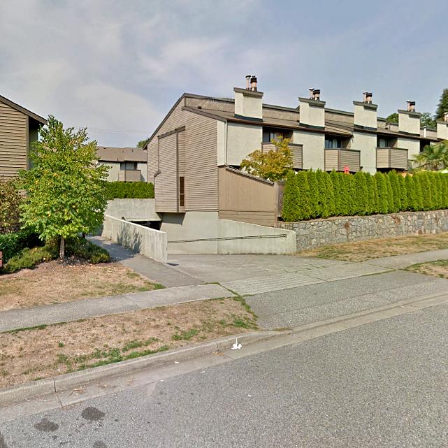 Cedar Court - 220 E 11 St, North Vancouver, BC!