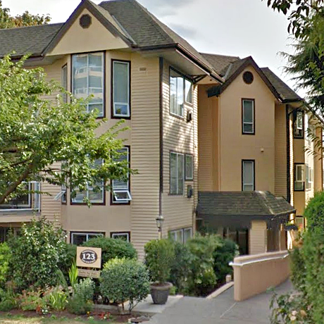 Harbour Gate - 123 E 6 St, North Vancouver, BC!