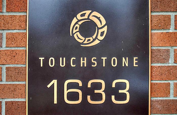 Touchstone 1633 MACKAY V7P 0A2