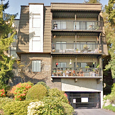 Normandy House - 150 E 5 St, North Vancouver, BC!