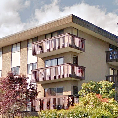 Excelsior House - 120 E 4 St, North Vancouver, BC!