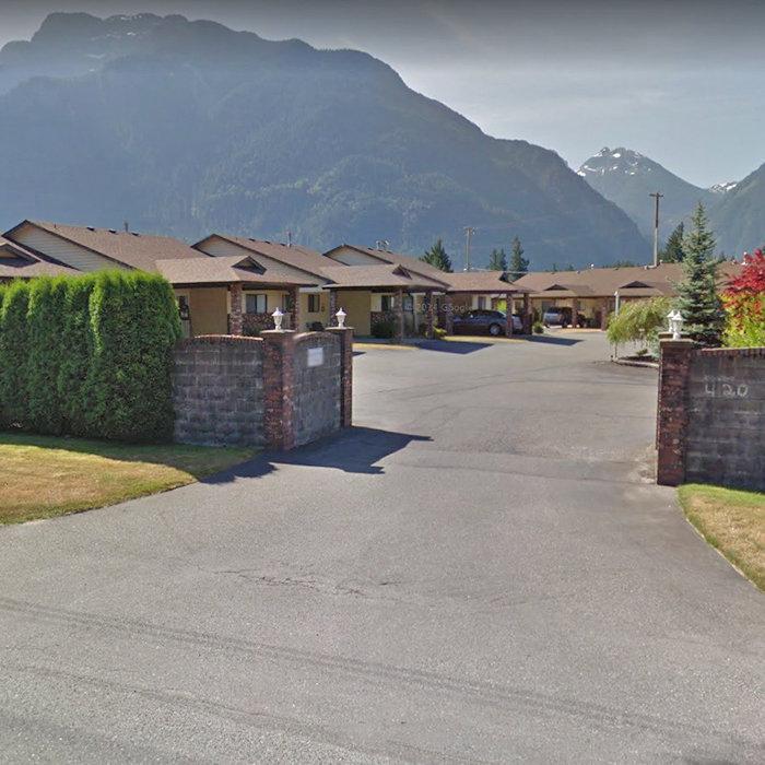 420 Rupert St, Hope, BC V2P 7C7, Canada Streetview!