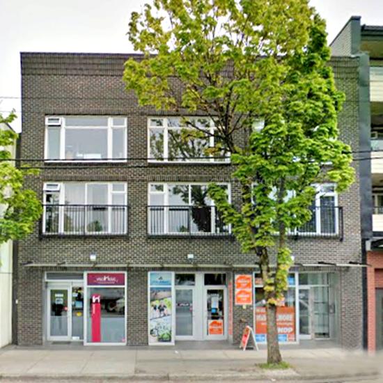 Fraser Court - 5868 Fraser St, Vancouver, BC!