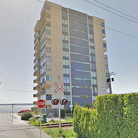 Seawalk Place - 111 18 St, West Vancouver, BC!