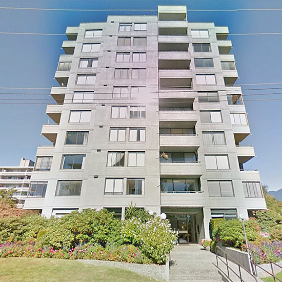 Clyde Gardens - 1341 Clyde Ave, West Vancouver, BC!