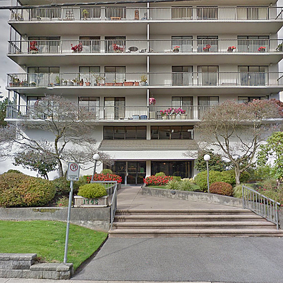 Lioncrest - 1745 Esquimalt Ave, West Vancouver, BC!