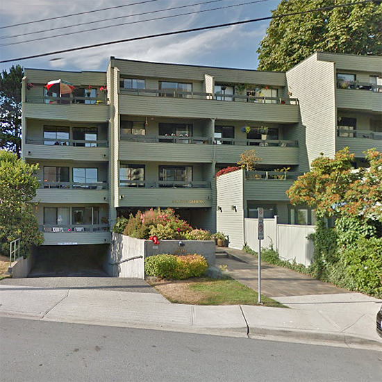 Bellevue Gardens - 2119 Bellevue Ave, West Vancouver, BC!