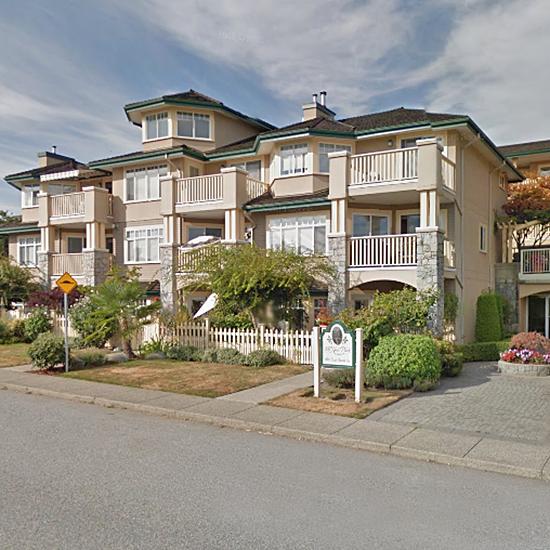 Mcnair Park - 288 E 6 St, North Vancouver, BC!