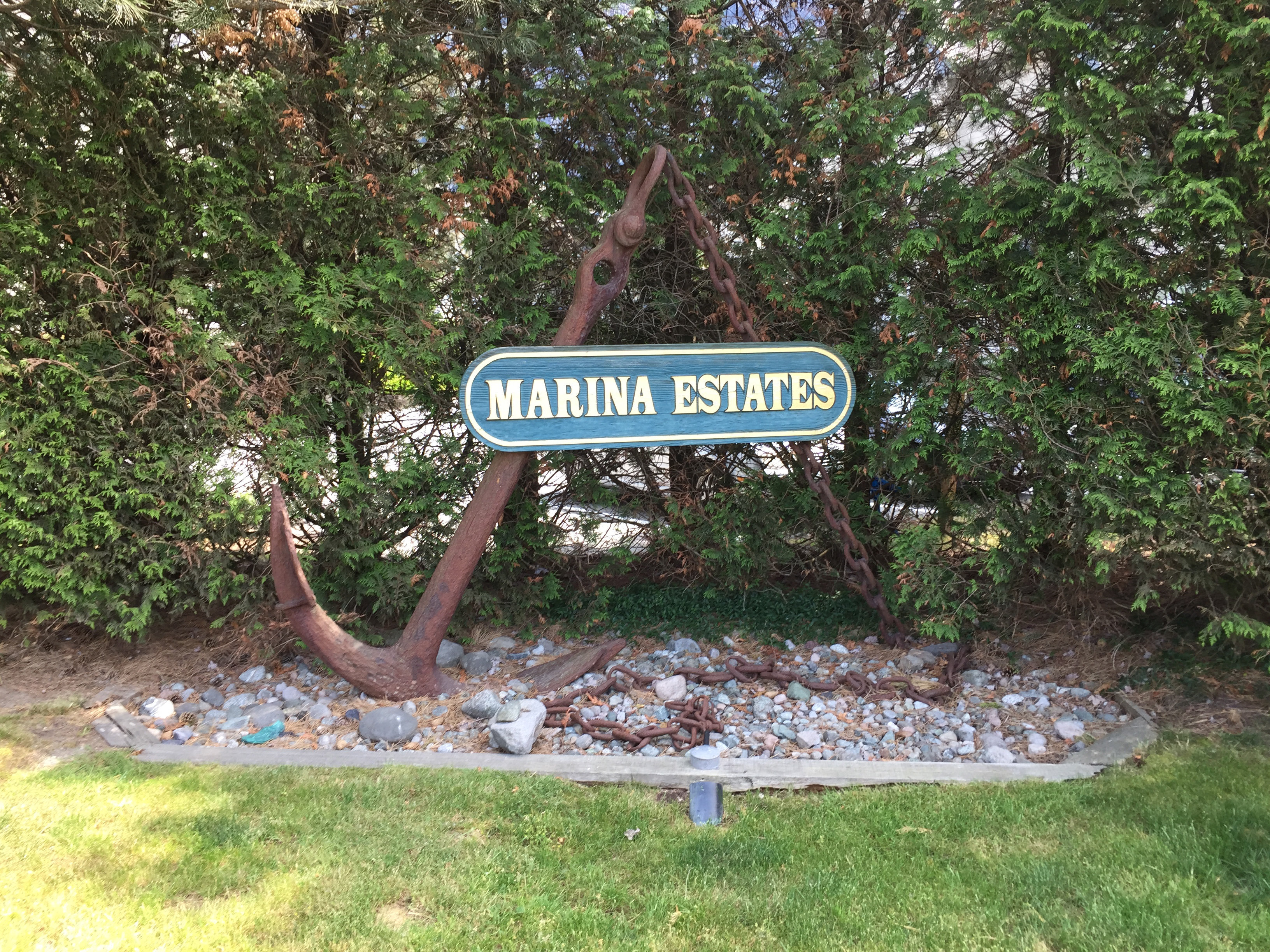 Marina Estates Entrance Sign!