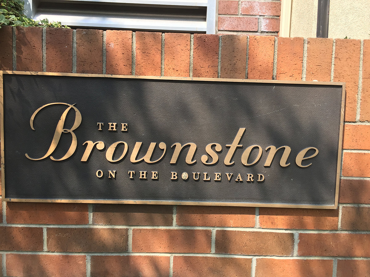 The Brownstone Plaque!