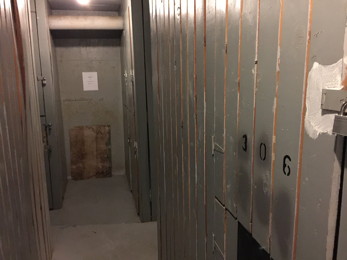 1100 Harwood Storage Lockers!