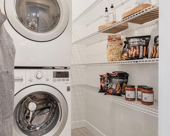 Washer/Dryer!