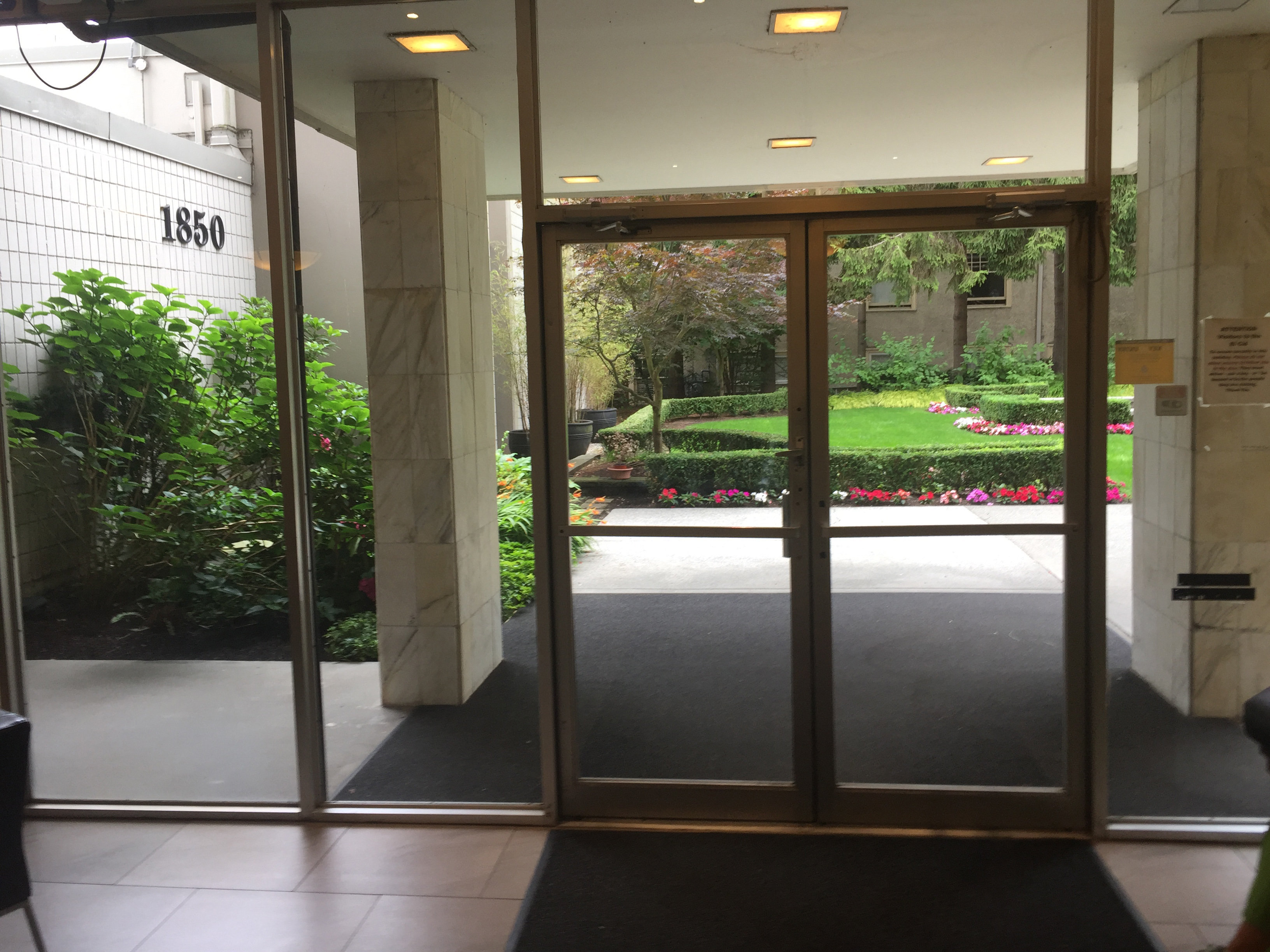 1850comox Lobby Looking Out!
