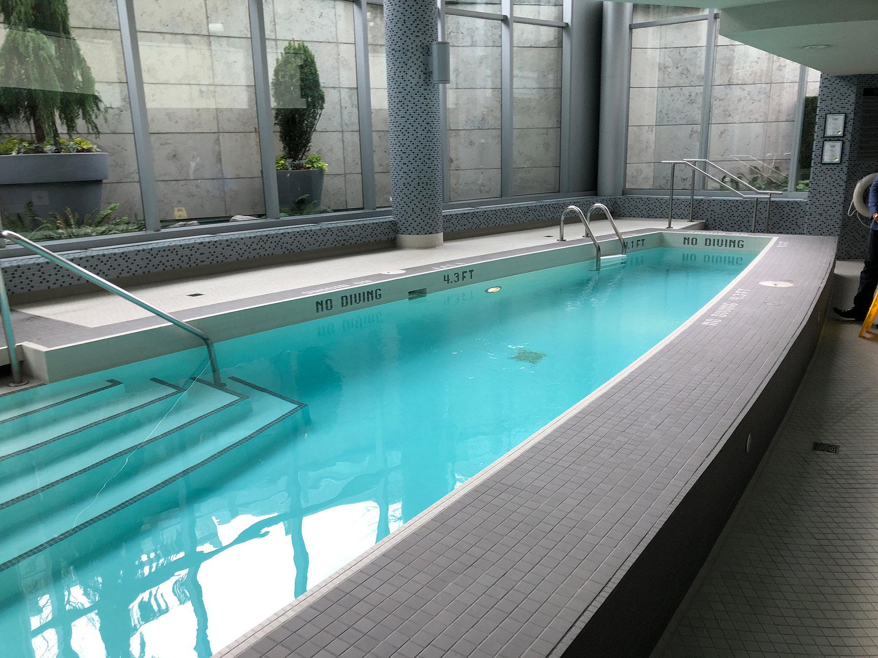 1560 Homer Lap Pool!