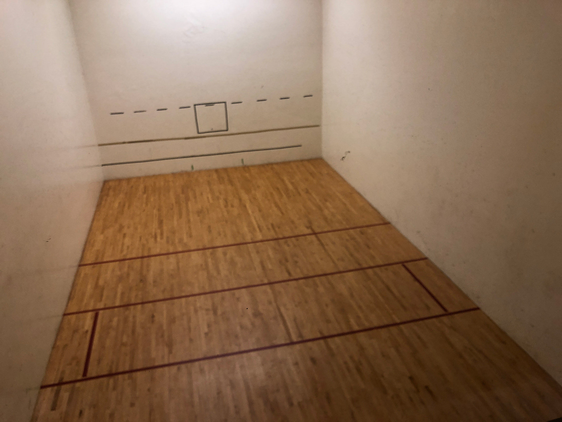 1040 Pacific Racquetball Court!
