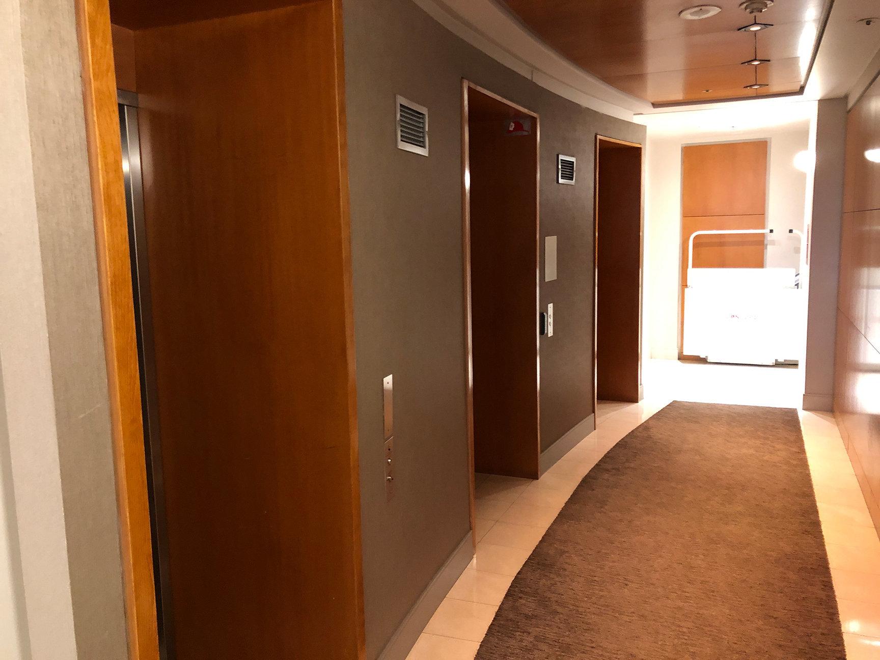 1500 Hornby Elevators!