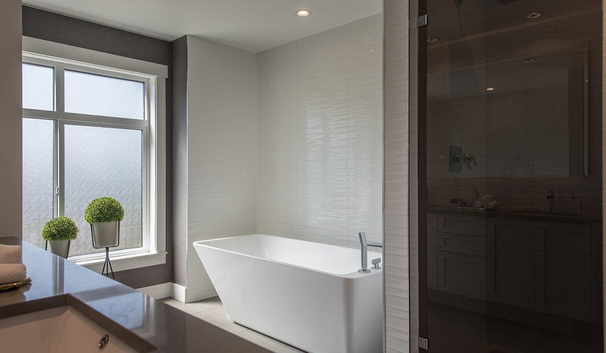 Bathroom - 3535 Princeton Ave, Coquitlam, BC V3E 3H1, Canada!