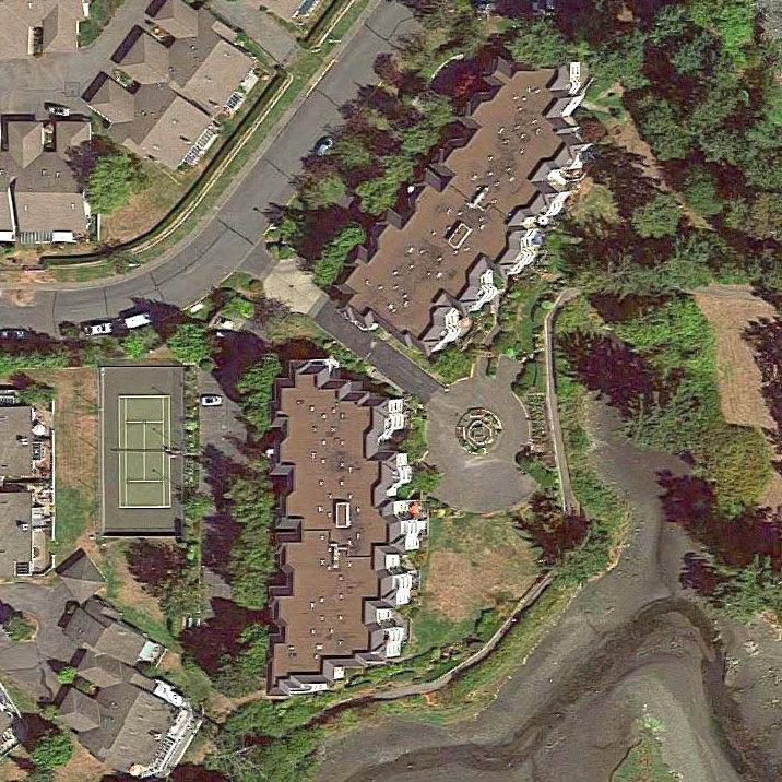 Water Edge Village - 2600 Ferguson Rd.!