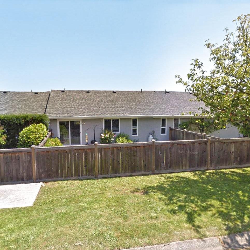 Tanner Walk - 2560 Wilcox Terrace!