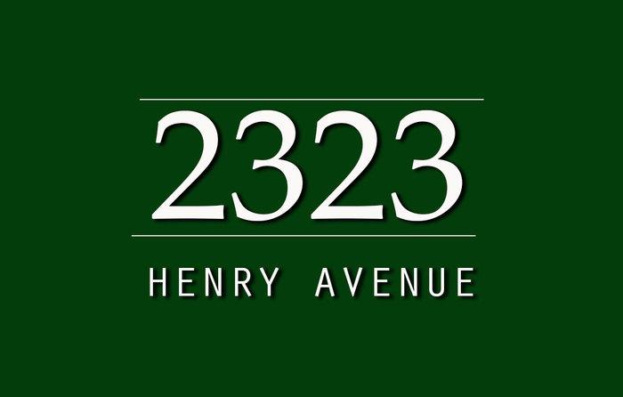 2323 Henry 2323 Henry V8L 1W9