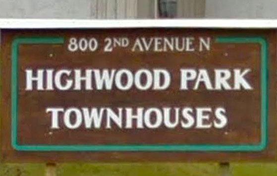 Highwood Park Townhouses 800 2ND N V2G 4C4