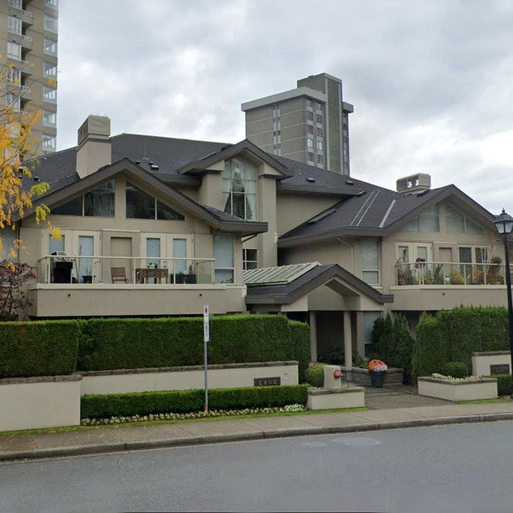 Stratford Court - 2202 Marine Drive!