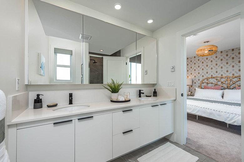 Bathroom - 19255 Aloha Dr, Surrey, BC V4N 6T8, Canada!