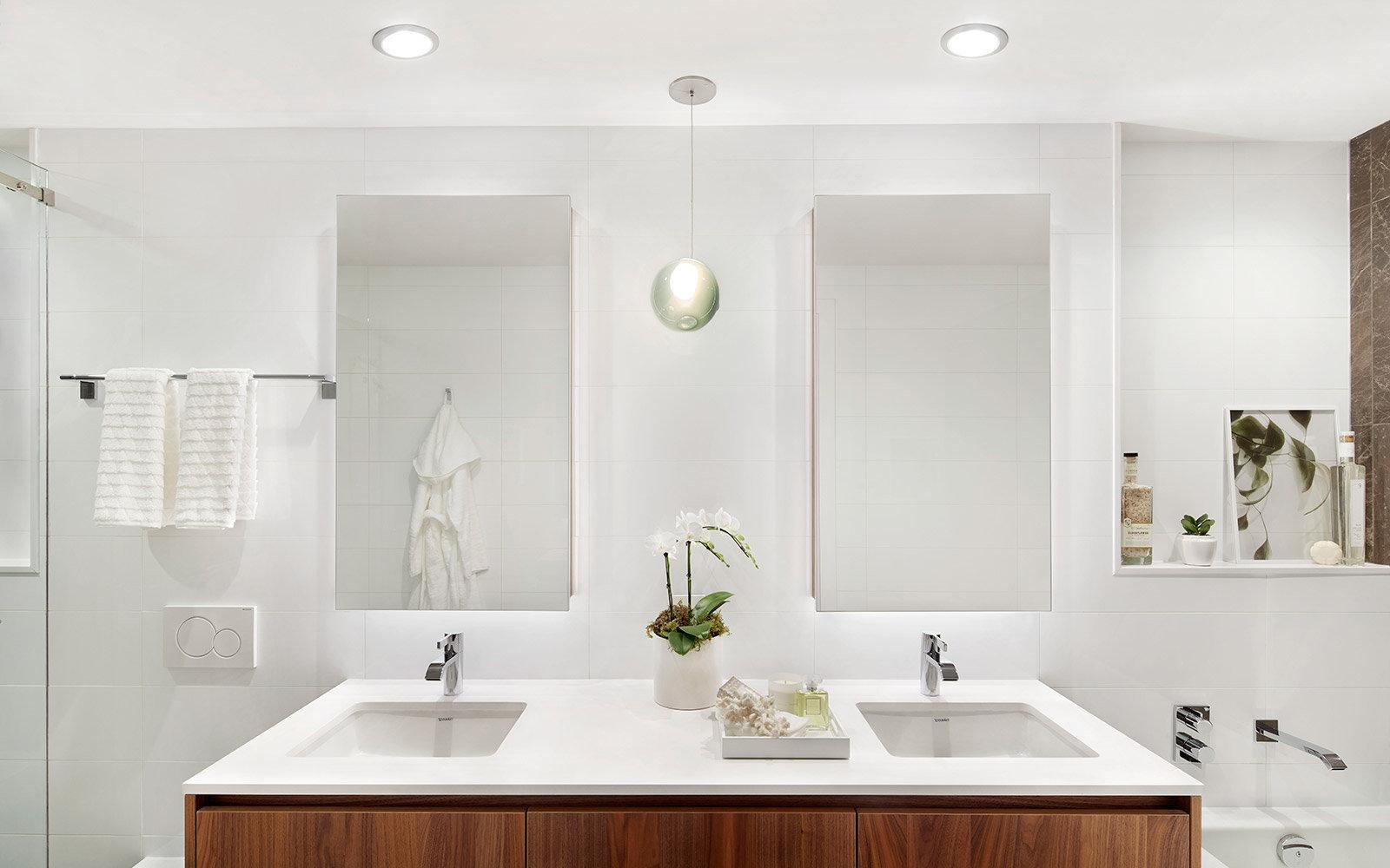 Bathroom - Belpark Amenities!
