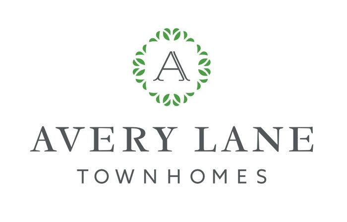 Avery Lane Townhomes 1810 Kings V8R 2P3