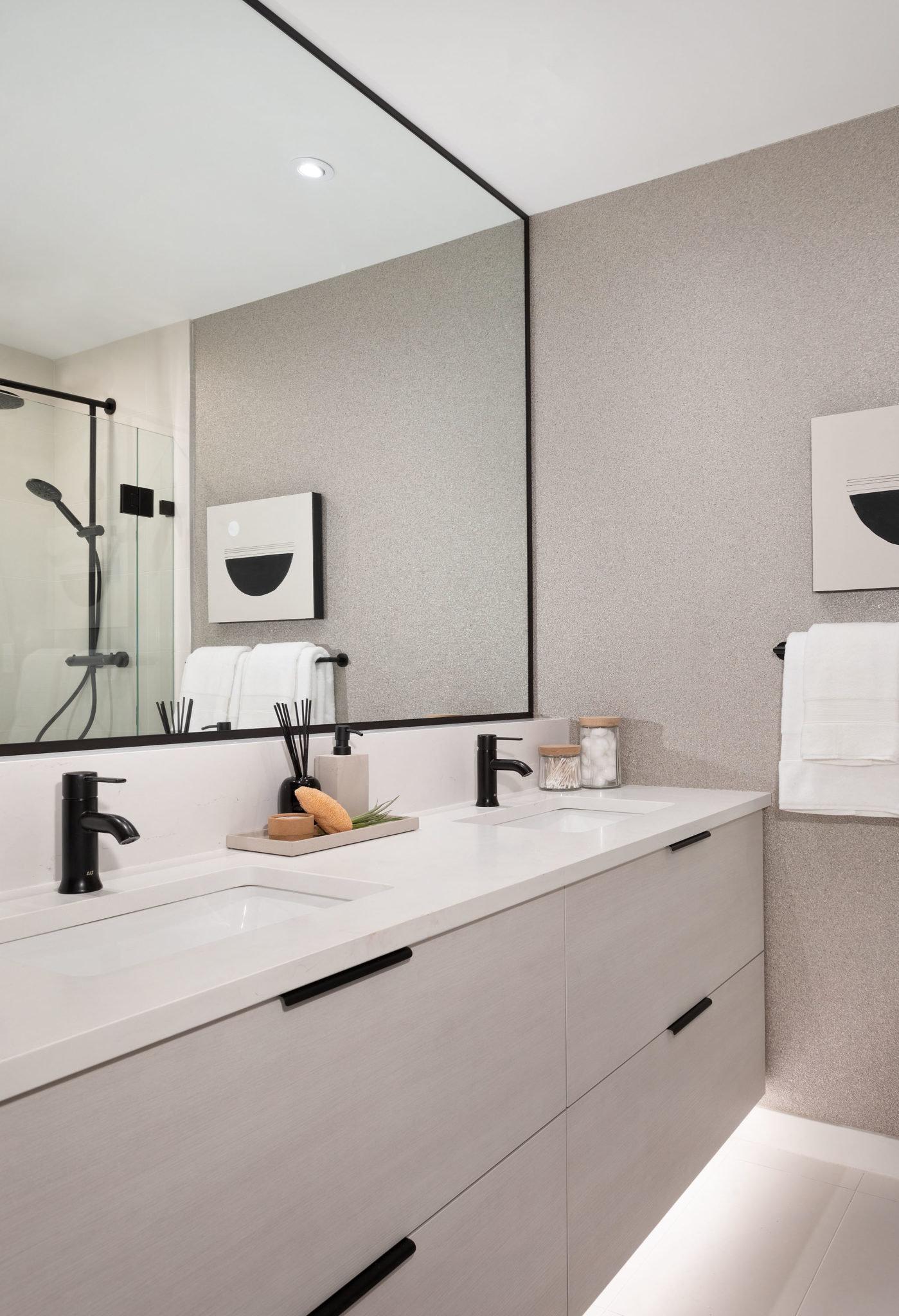 Bathroom - 5455 Brydon Crescent, Langley, BC V3A 4A3, Canada!