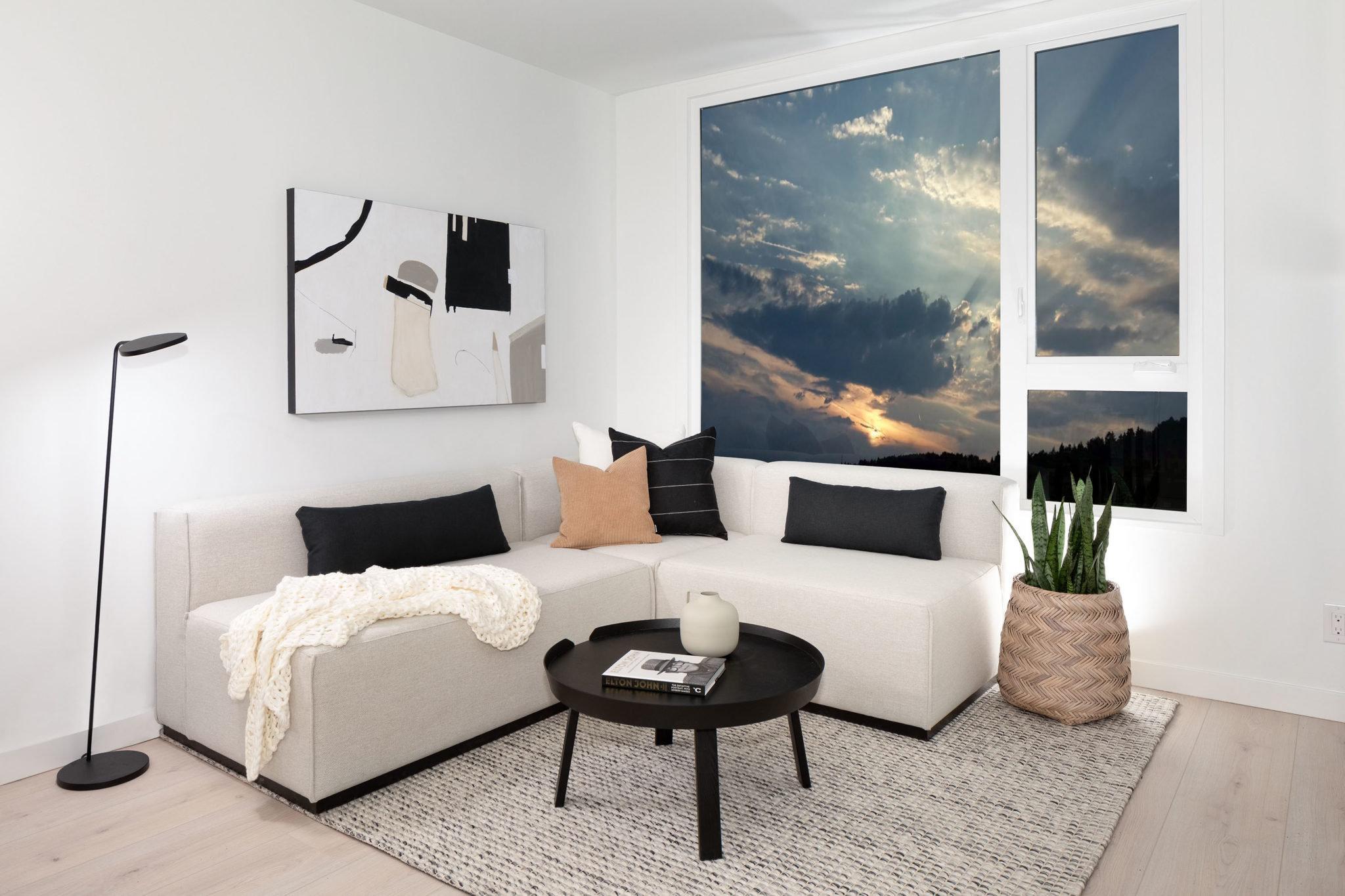 Living Area = 5455 Brydon Crescent, Langley, BC V3A 4A3, Canada!