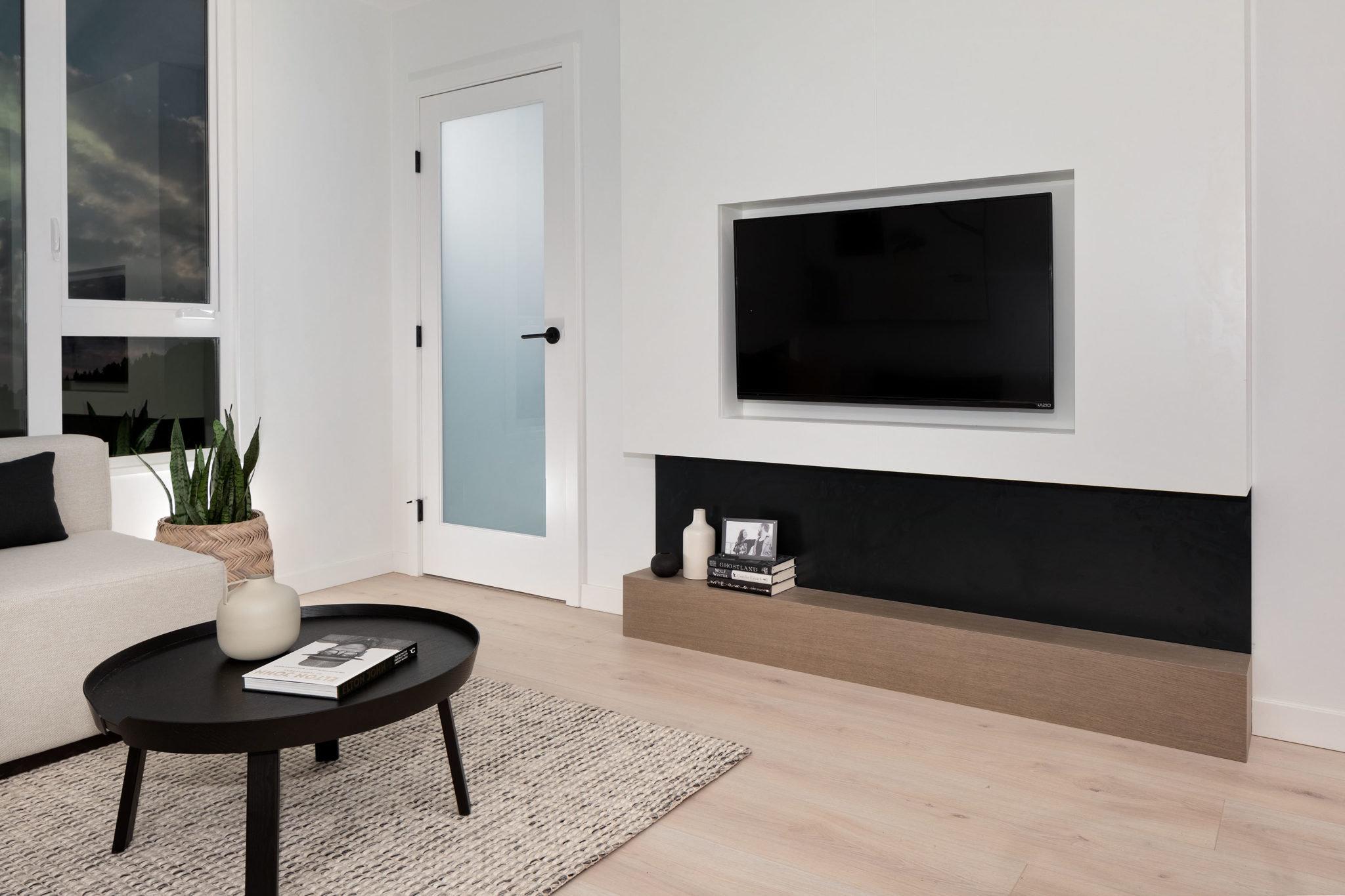Living Area - 5455 Brydon Crescent, Langley, BC V3A 4A3, Canada!
