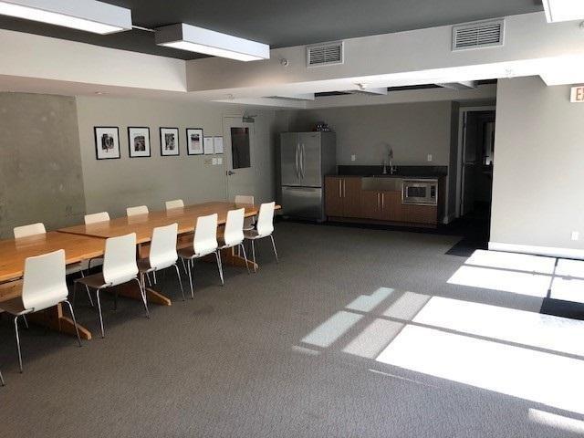 251 E 7th- Meeting Area!