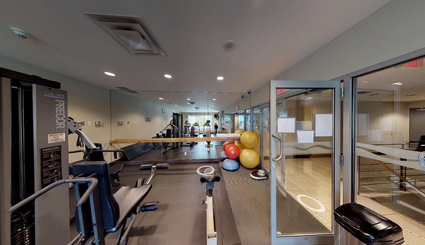 Cascina - 590 Nicola St - Gym!