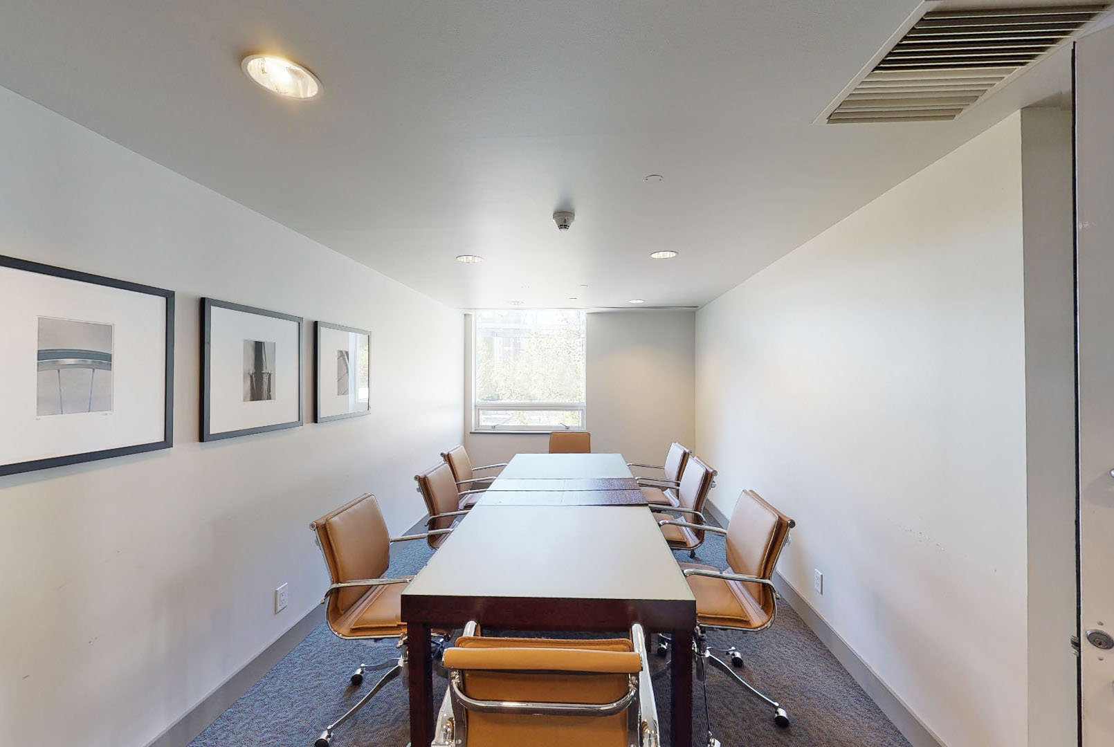 Icon II - 633 Kinghorne Mews - Meeting Room!