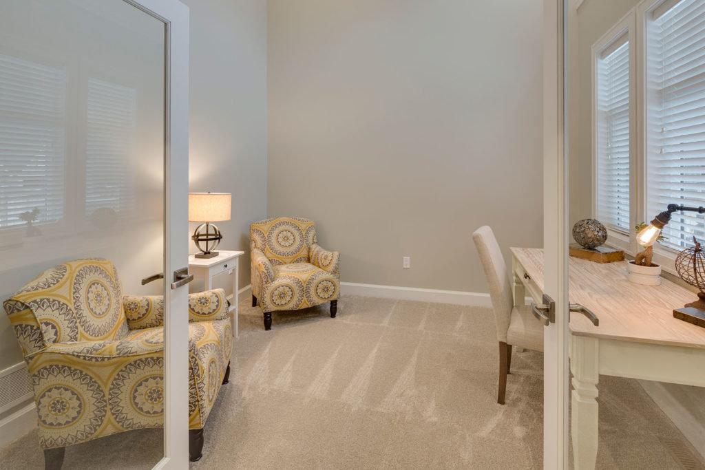 Harrison Highlands - Alouette - Study Room/Office!