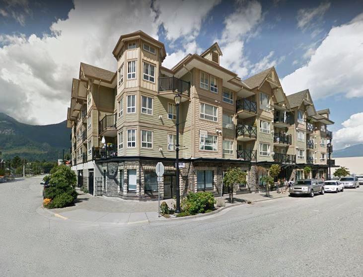 Squamish Pointe -38003 2 Ave Squamish - Exterior!
