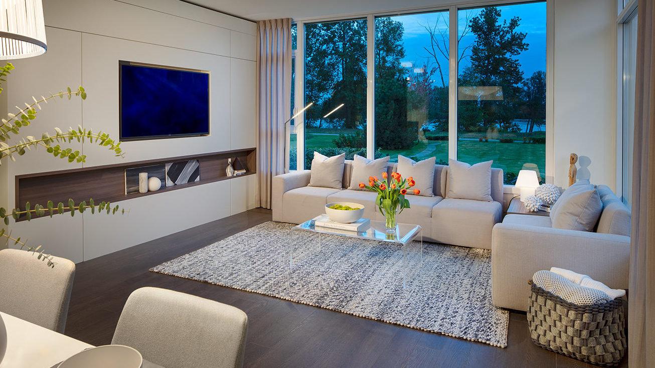 Living Area - 3438 Sawmill Cres, Vancouver, BC V0V 0V0, Canada!