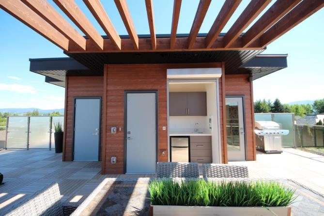 Gyro Beach Executive Townhomes - 3510 Landie Road, Kelowna - Exterior!