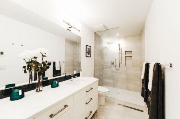 Gyro Beach Townhomes - 3510 Landie Road, Kelowna - Display Bathroom!
