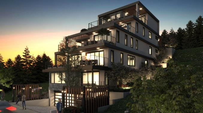 Cote Gibsons - 524 S Fletcher Road, Gibsons - Exterior!
