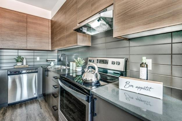 Crossing at Belmont - 945 Reunion Avenue, Langford - Display Kitchen!