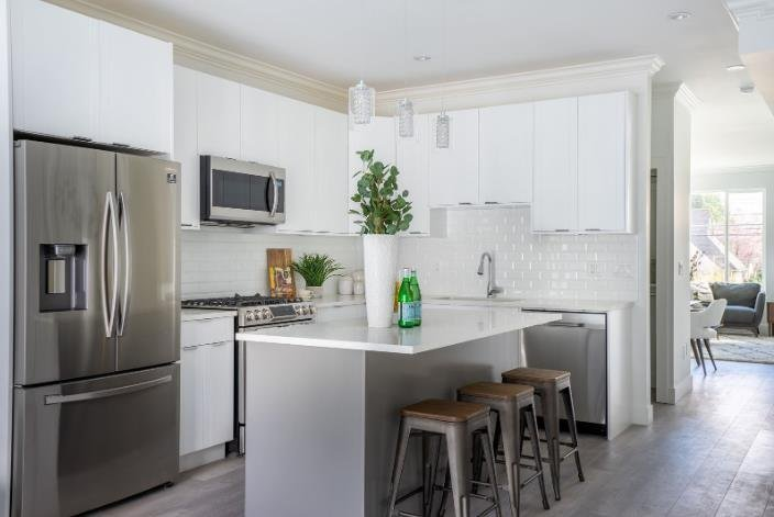 Chalet Townhomes - 11528 84A Avenue, Delta - Display Kitchen!