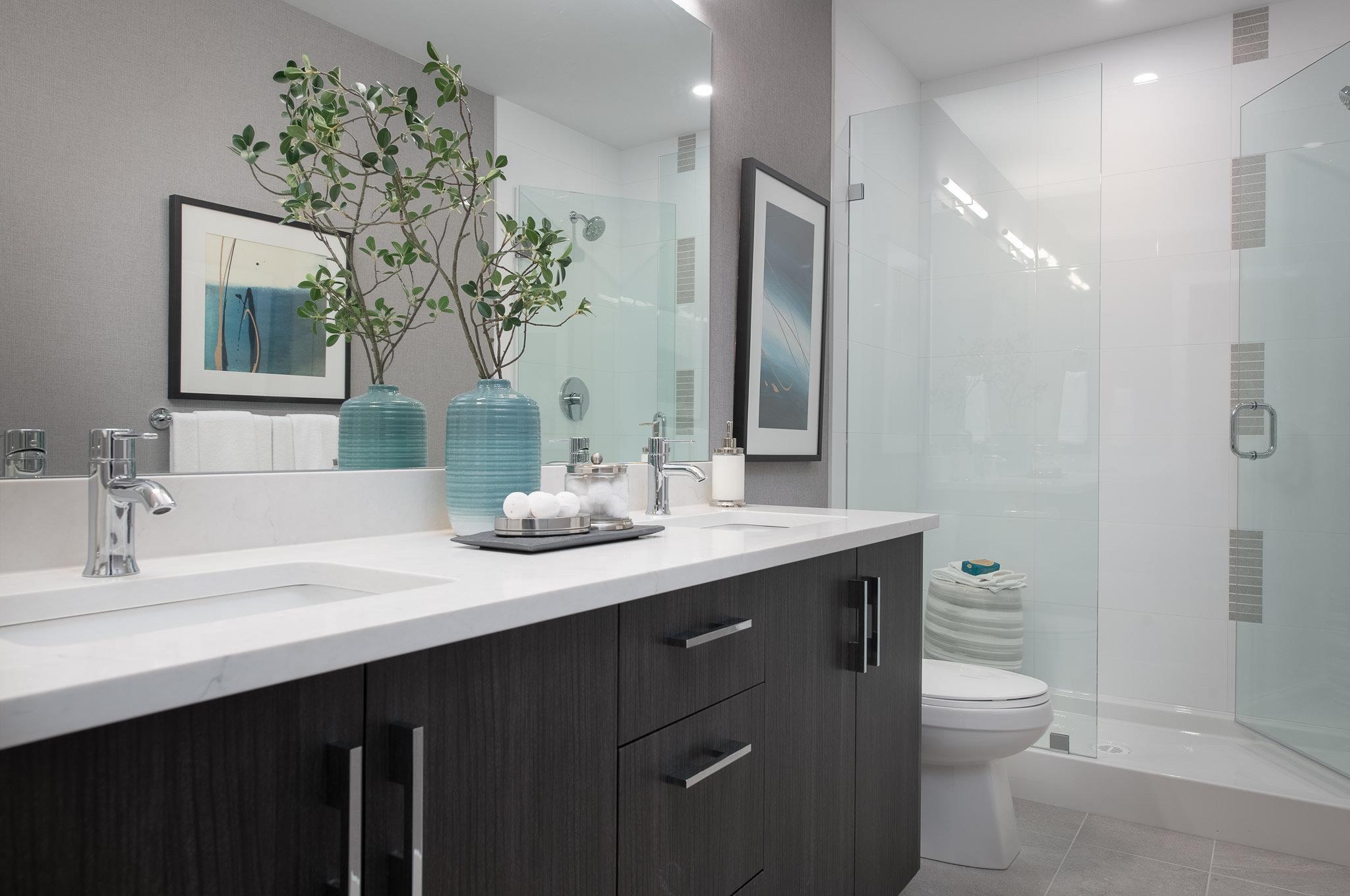 Bathroom - 32838 Ventura Ave, Abbotsford, BC V2S 6J3, Canada!