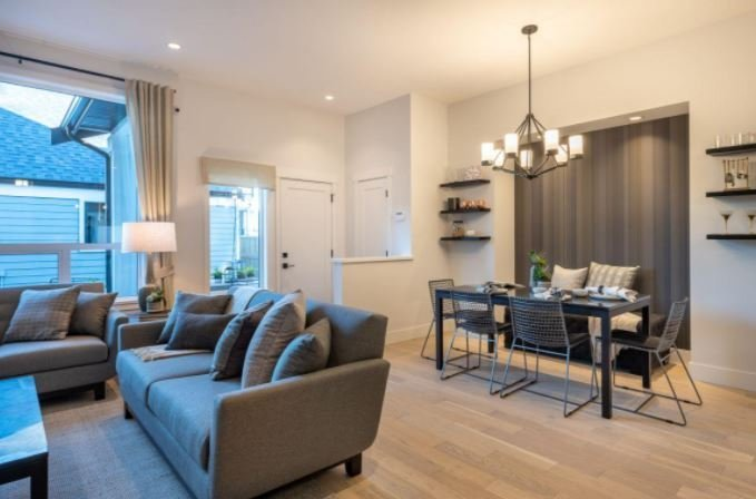 Edgewood Estates - 16798 Edgewood Drive, Surrey- Interior!