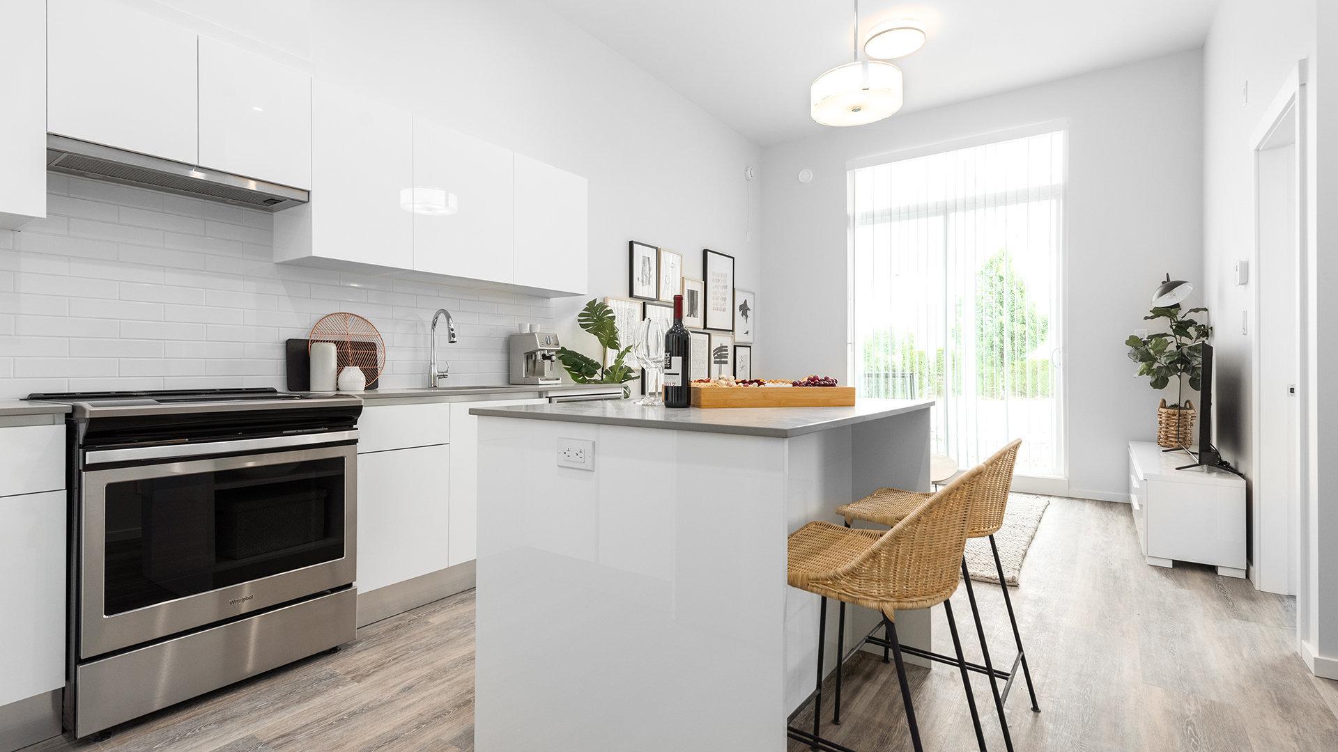 Kitchen - 33677 King Rd, Abbotsford, BC V2S 0L2, Canada!