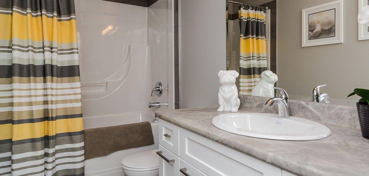 Bathroom - 27161 35A Ave, Langley, BC V4W 0C3, Canada!