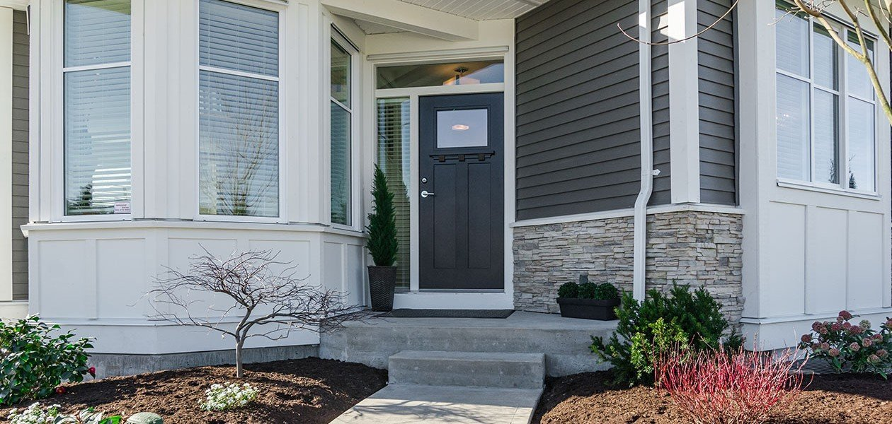 Entrance - 27161 35A Ave, Langley, BC V4W 0C3, Canada!