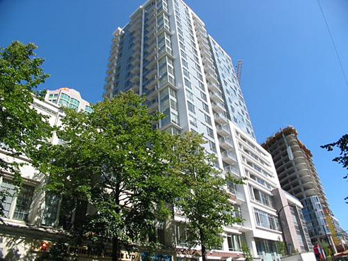 Main Image for Raffles, 821 Cambie